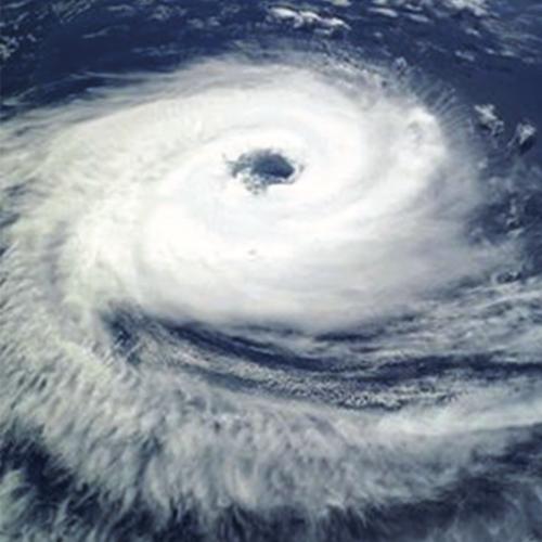 """циклонът """"Катарина"""""""